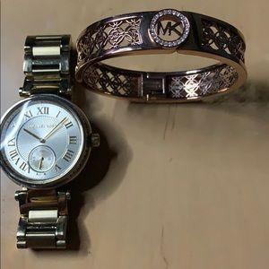 MK WATCH AND bracelet